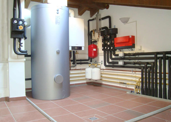 Pannello Solare Per Pompa Di Calore : Impianti solare termico